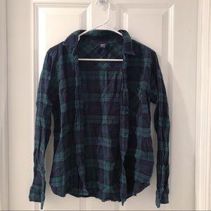 green n black plaid flannel